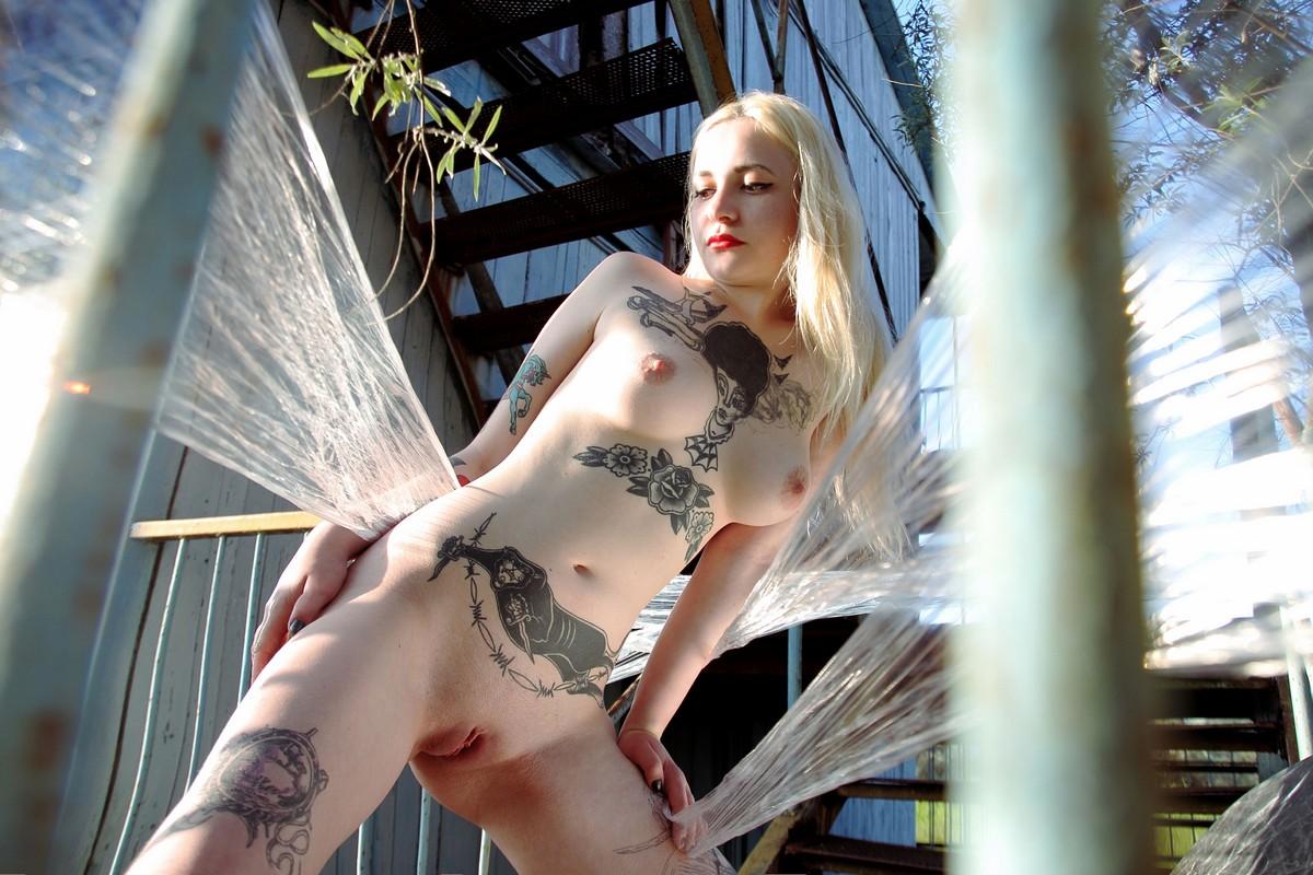 Shirley manson nude