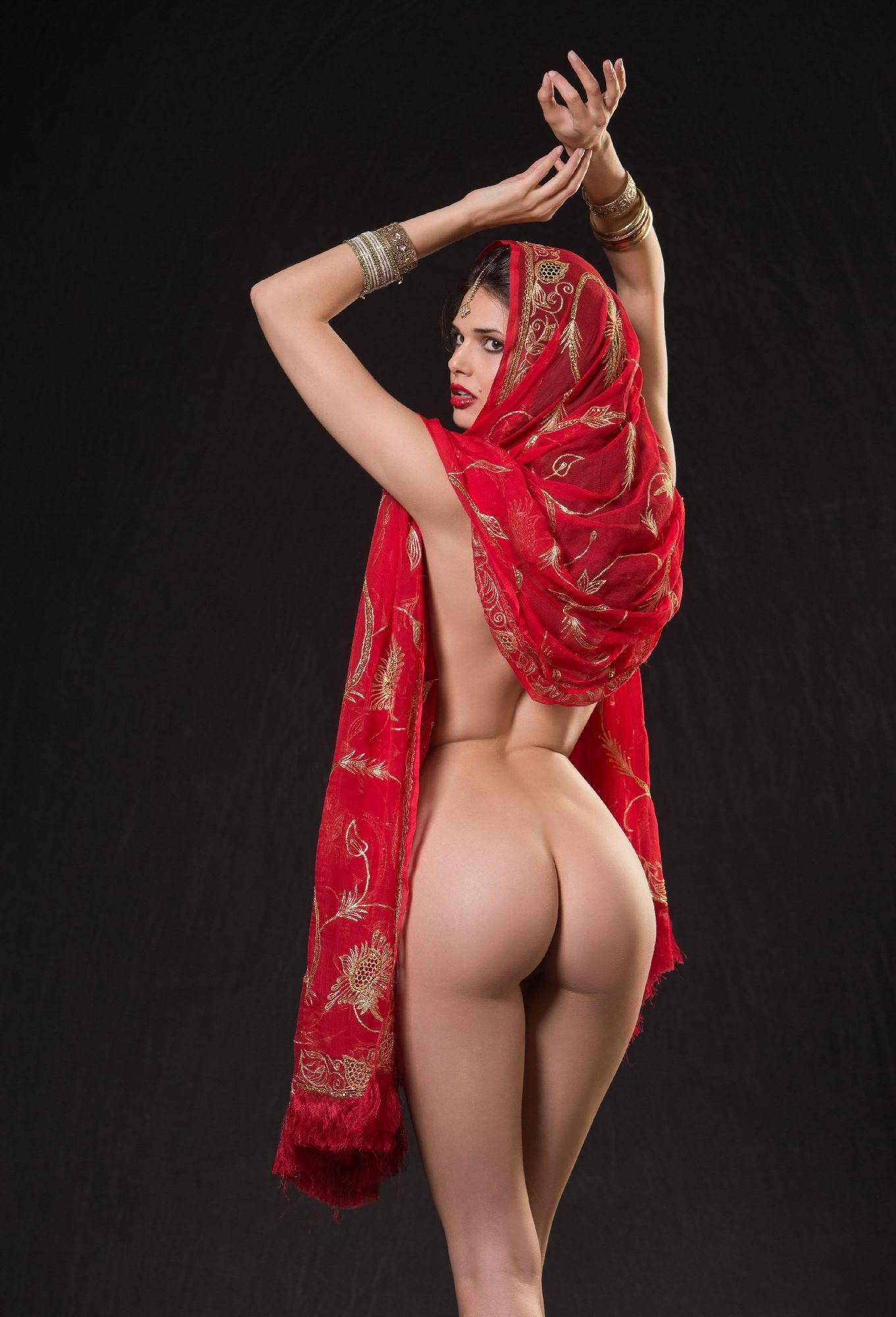 Фотошопы эротических звезд виду