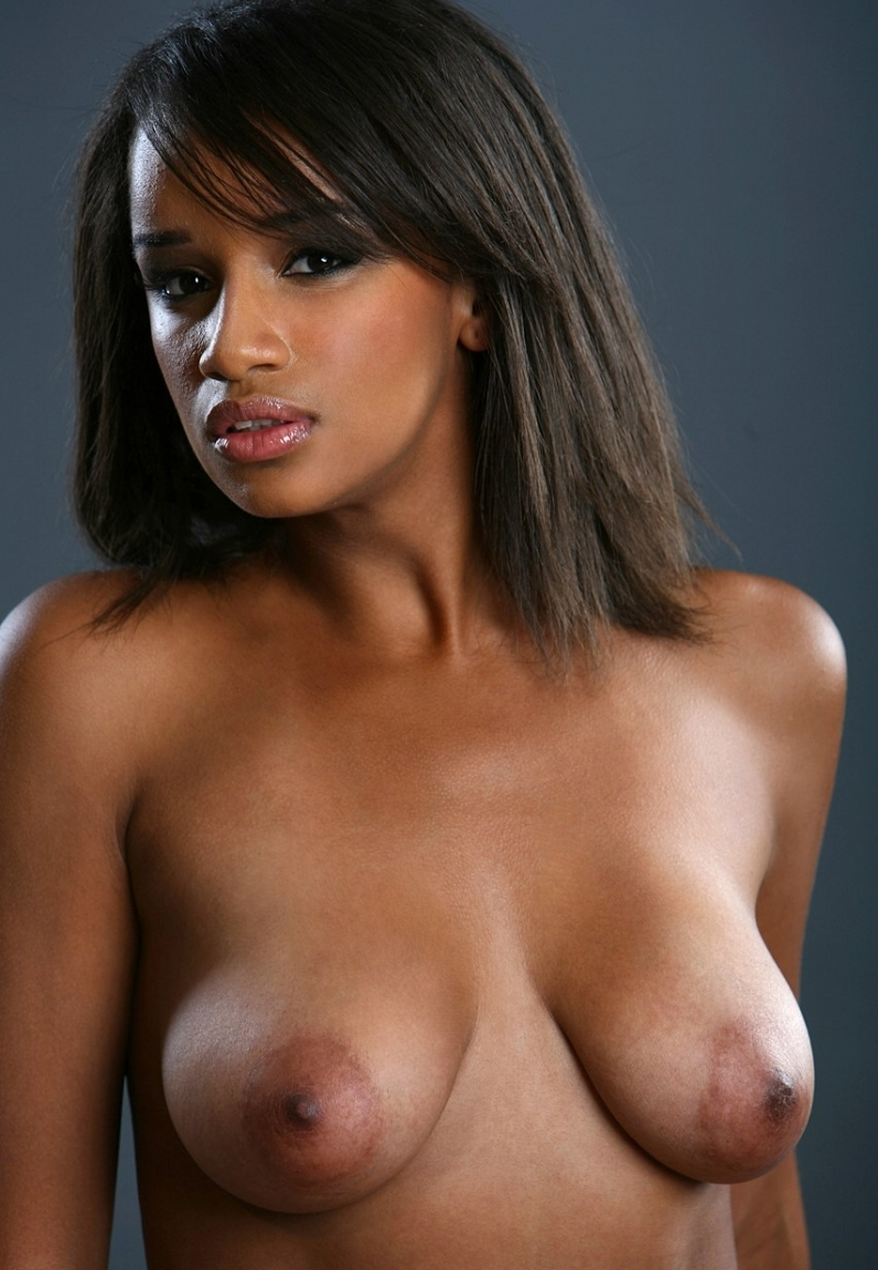 Ebony beauties sexually aroused nipples — photo 2