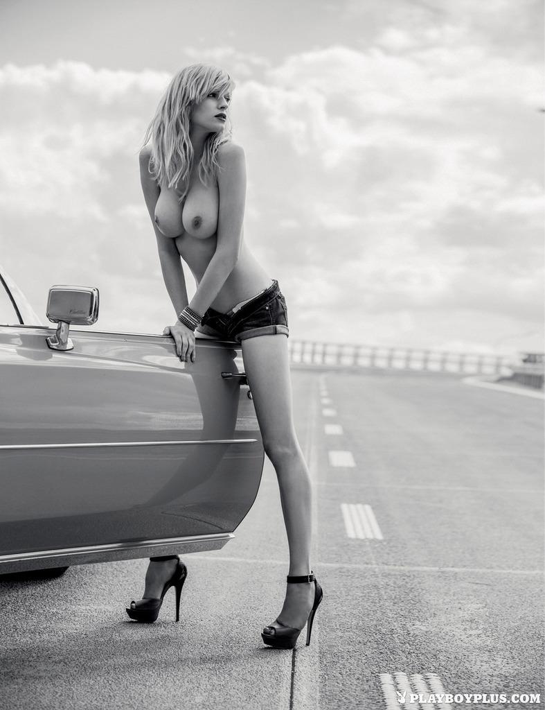 Латышка Оля из Playboy