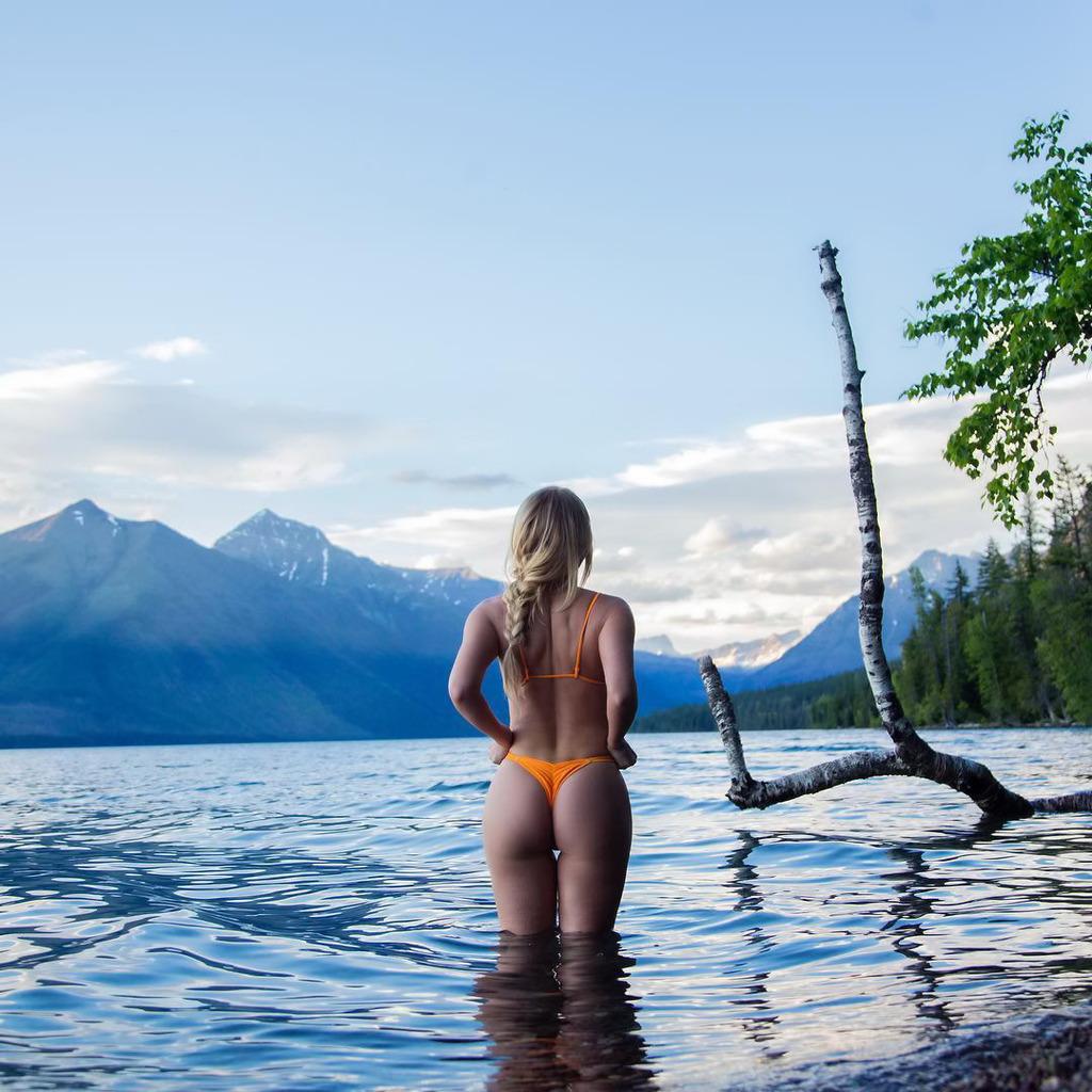 girls-nude-lake-justin-adamson-naked