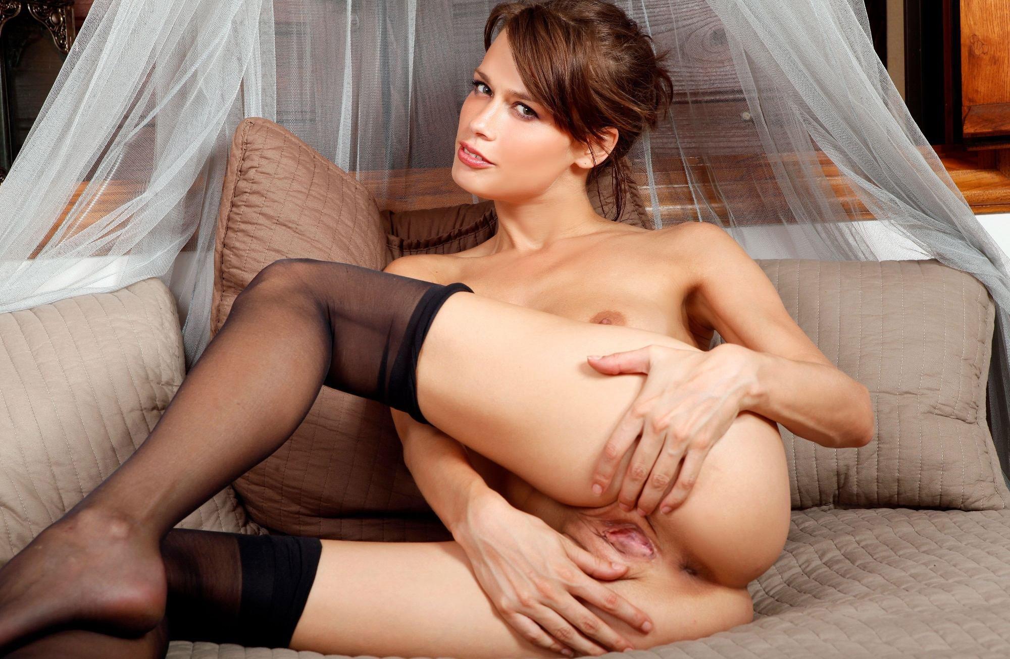 Порно русские шатенки, зрелые тетки лесби порно фильм