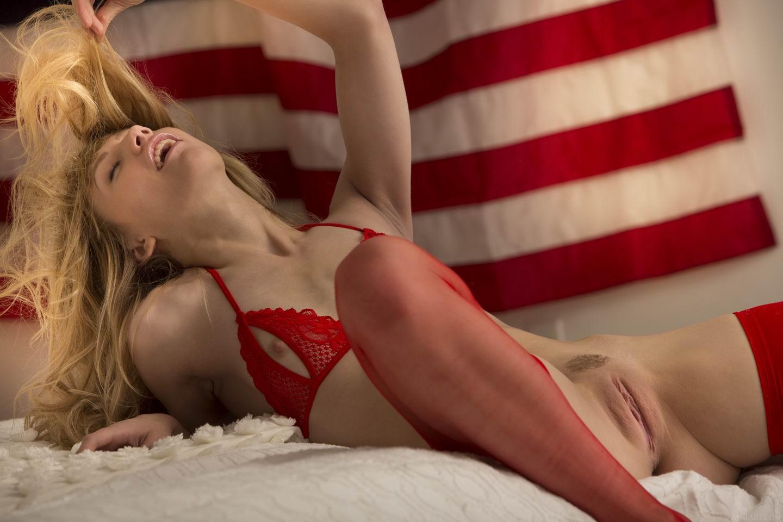 Красный-цвет сексуальности