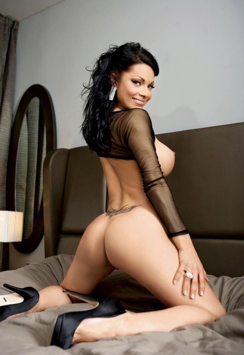 Slovenia girls sexy, batwoman comic dc lesbian