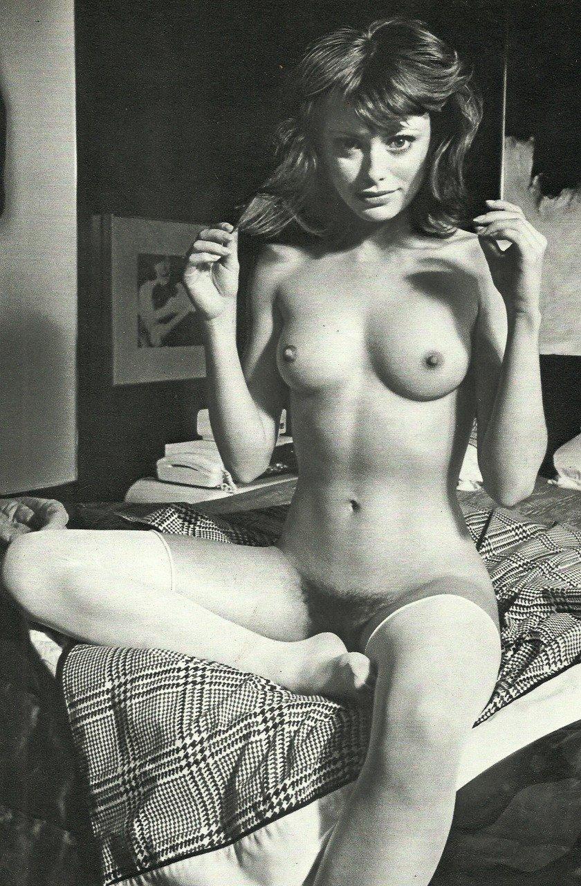 Фото пожилых личные фото голых девушек ретро пизды