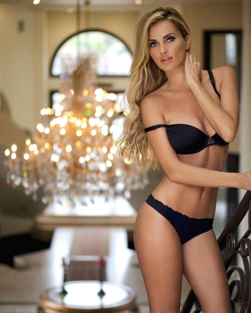 Красотка Leanna Bartlett. Подборка