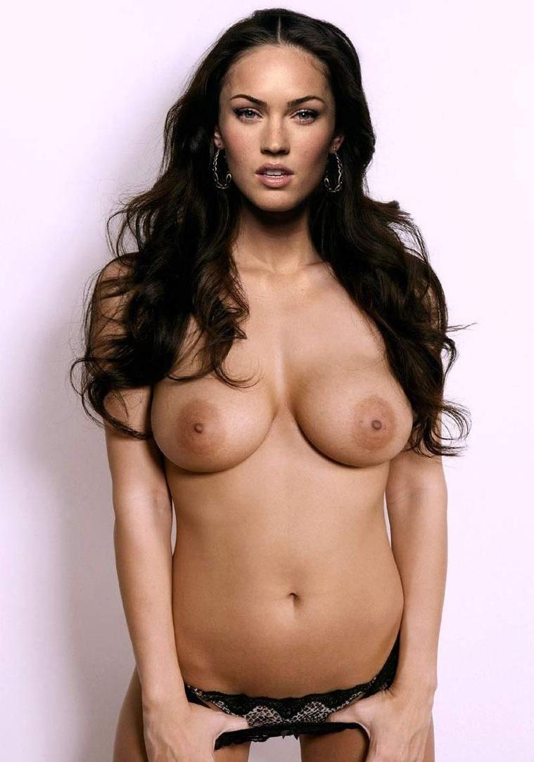 многозначительно голые сиськи сидни фокс женщины