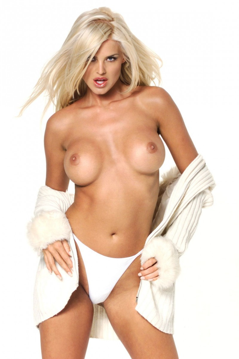 Victoria silvstedt topless showing her boobs